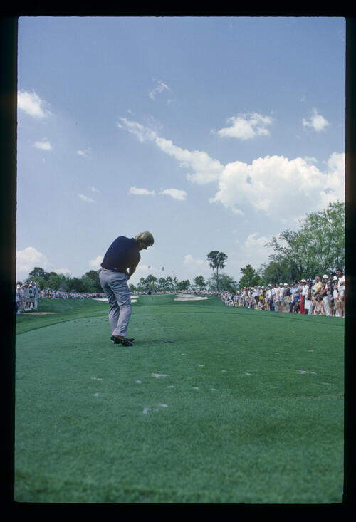Hal Sutton staying down through the ball on the tee during the 1984 TPC
