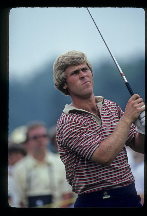 Hal Sutton watching closely from the tee during the 1981 US Open