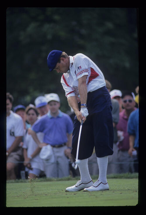 Payne Stewart taking iron off the tee during the 1993 US Open