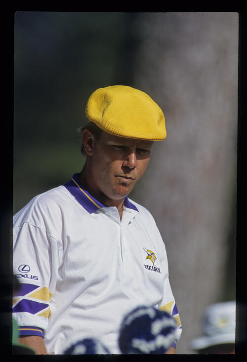 A pensive looking Payne Stewart on the tee during the 1993 Masters
