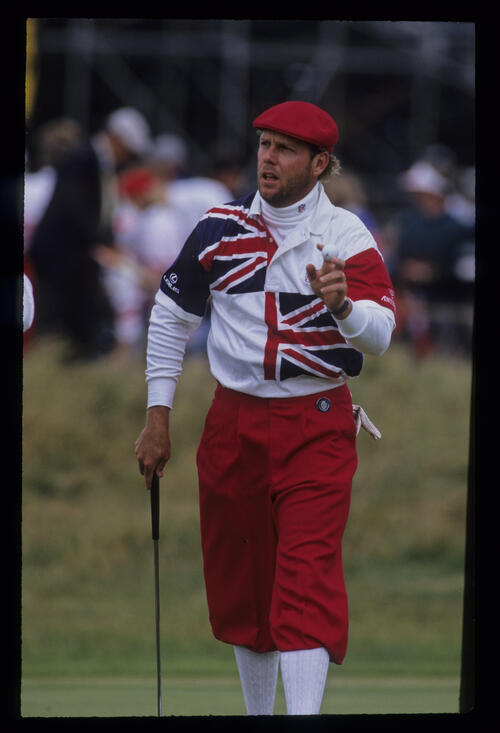 A bearded Payne Stewart acknowledging the crowd during the 1992 Open Championship
