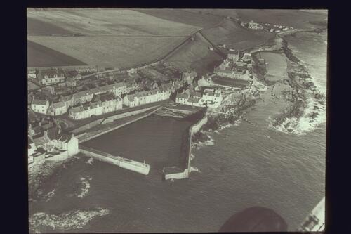 Cellardyke from the air.