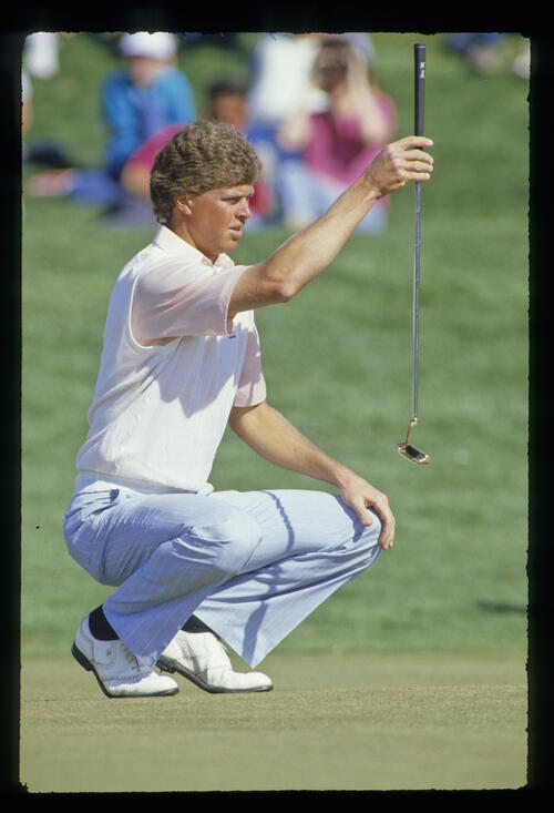 Bob Tway lining up a putt during the 1987 Phoenix Open