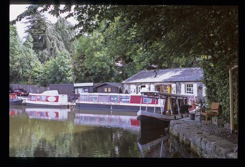 LUCS (Linlithgow Union Canal Society), [Manse] canal basin, Linlithgow.