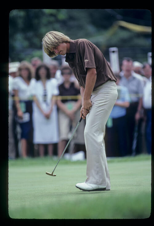 John Cook putting during the 1981 US Open