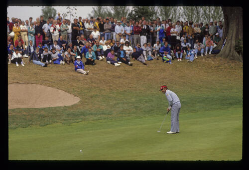 Antonio Garrido leaving a putt above ground during the 1990 NM English Open
