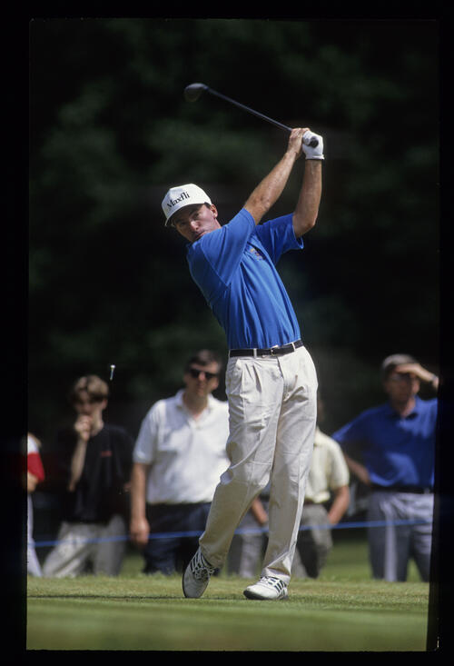 David Gilford hands high on the tee during the 1992 Volvo PGA