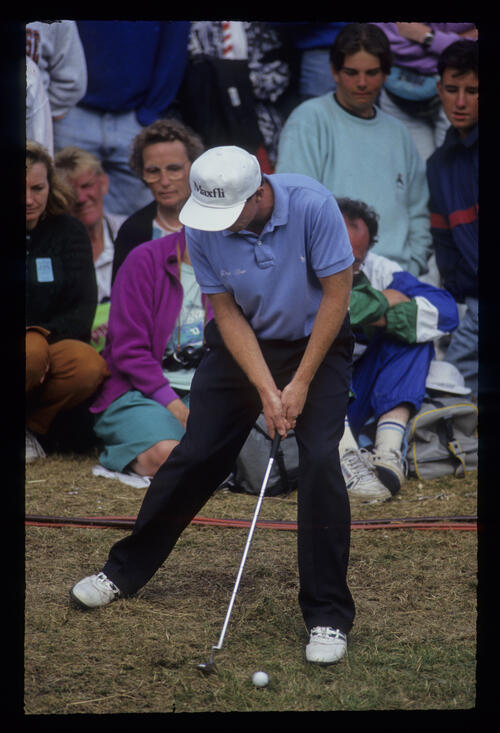 David Gilford with an awkward putt from the semi rough during the 1991 Open Championship