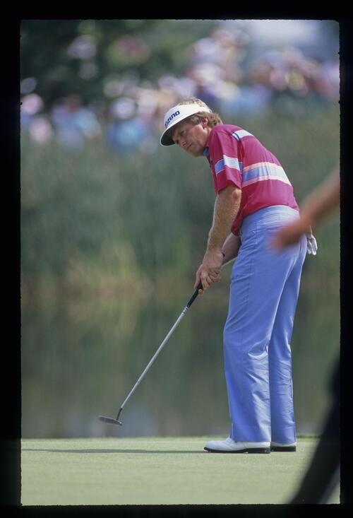 Wayne Grady putting during the 1989 USPGA
