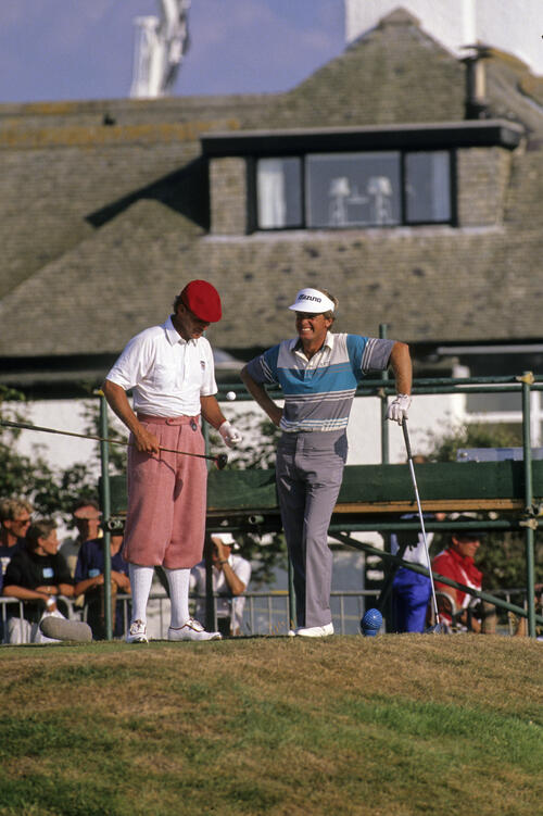 Payne Stewart and Wayne Grady sharing a moment on the tee on Grady's way to second place at the 1989 Open Championship