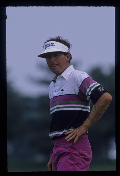Scott Hoch looking thoughtful on the green during the 1989 USPGA