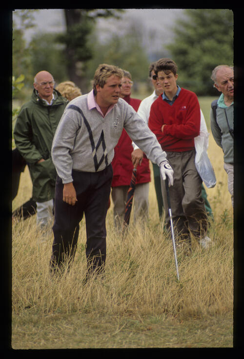 Richard Boxall in the thick rough during the 1990 NM English Open