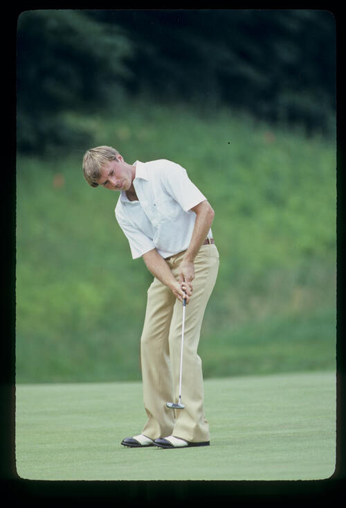 Jodie Mudd putting during the 1981 US Open