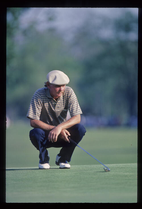 Larry Rinker lining up a putt on his way to second place at the 1984 USF&G Classic