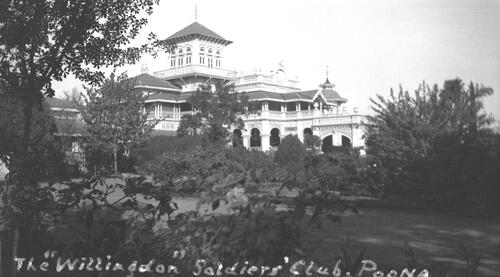 The Willingdon Solders' Club, Front View