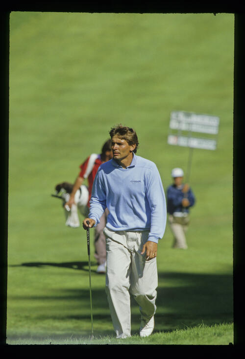 Keith Clearwater approaching the green during the 1987 US Open