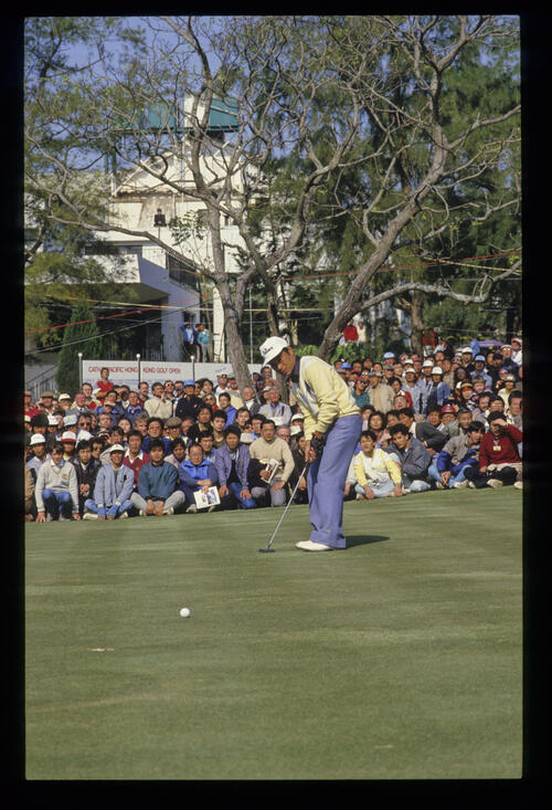 Brian Kamm putting during the 1991 US Open
