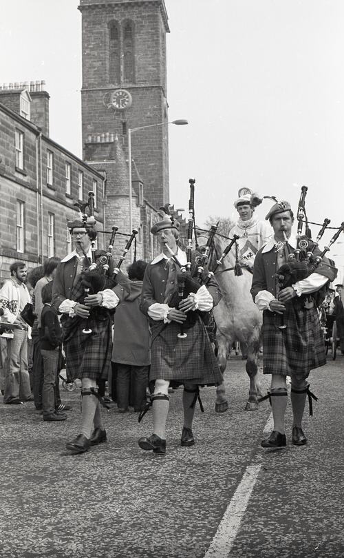 Pipers, the Kate Kennedy Procession, North Street, St Andrews.