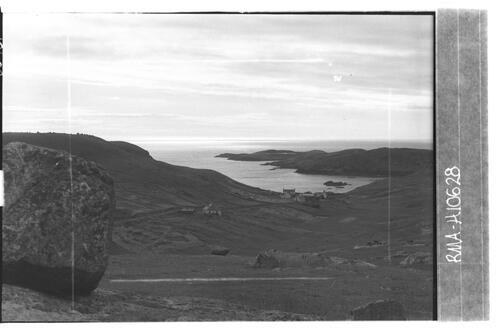 Port Chaligaig and islands.