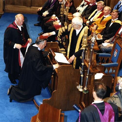 Peter Alliss receives Hon LLD from Chancellor Sir Kenneth Dover in the Younger Hall, North Street, St Andrews.