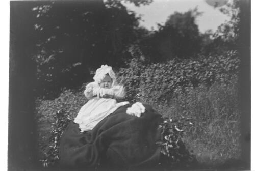 Ida Miller [in the garden at Cleveland Cottage, Isleworth].