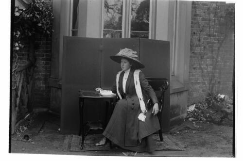 Ida Jane Miller [at Cleveland Cottage, Isleworth].