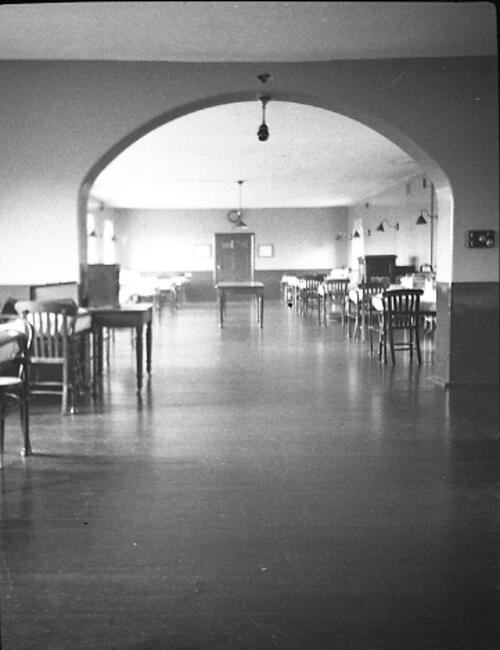 [Dr Hay Neave photographs - Hospital scenes]