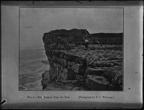 Fig. 1. - Dun Aengusa from the East (Photograph by T.J. Westropp.)