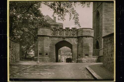 Gateway, Linlithgow Palace.