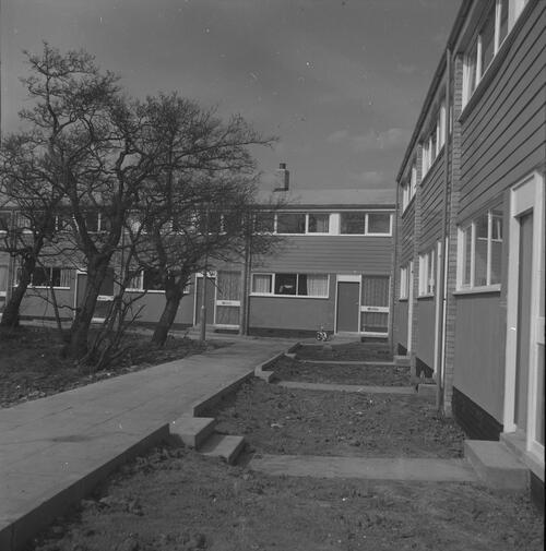 [East Kilbride - Westwood IX development, view of two storey high houses]