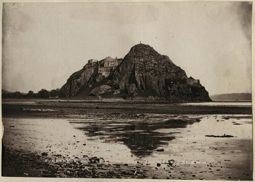 Dumbarton Castle from West