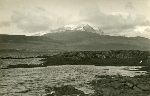 Ben More from Loch Scridain (highest Peak in Mull 3185ft).