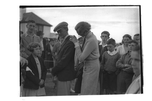 Mrs Holm signing an autograph at the Golf House Club, Elie.