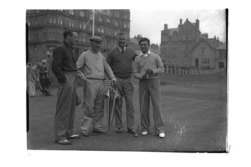 Golfers, the Amateur Golf Championship, the Old Course, St Andrews.