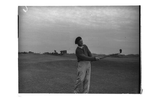 N Von Nida driving on a golf course at St Andrews.