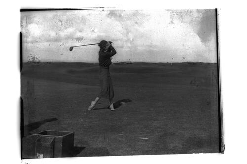 Dorothy Pearson on the Old Course, St Andrews.