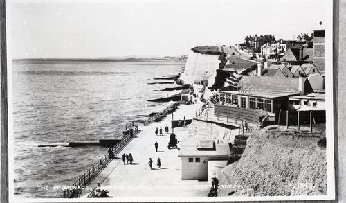 The Promenade, showing Highcliffe Cafe, Rottingdean.