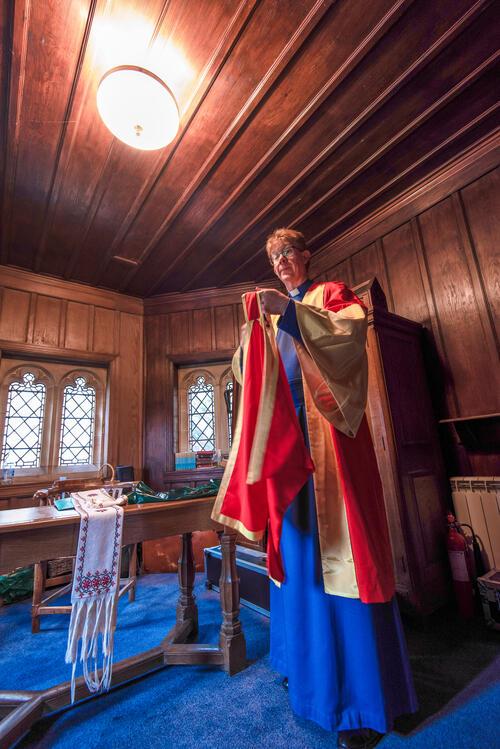 University of St Andrews Chaplain Dr Donald MacEwan preparing for Graduation