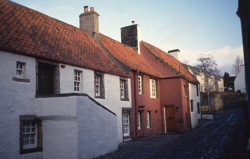 Houses on Back Causeway, Culross.