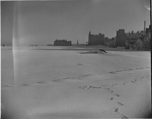 Old Course in snow, St Andrews.