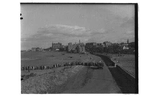 Crowds, Old Course, St Andrews.
