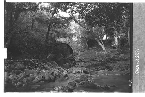 Bridge over R Coultie, Divach.