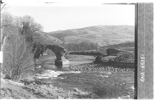 Deuchar Bridge, Yarrow.