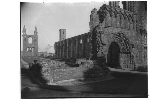 Cathedral ruins, St Andrews.