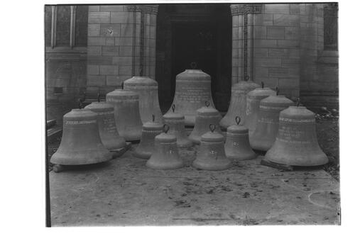 Bells, Holy Trinity, St Andrews.