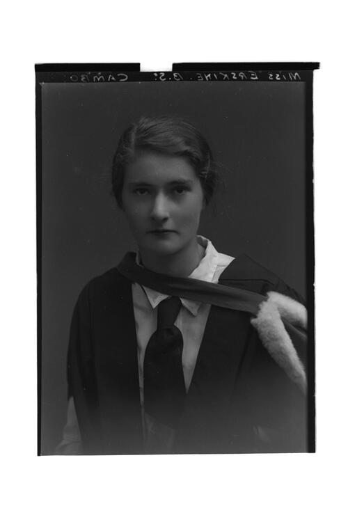 Miss Erskine, BSc, Cambo.