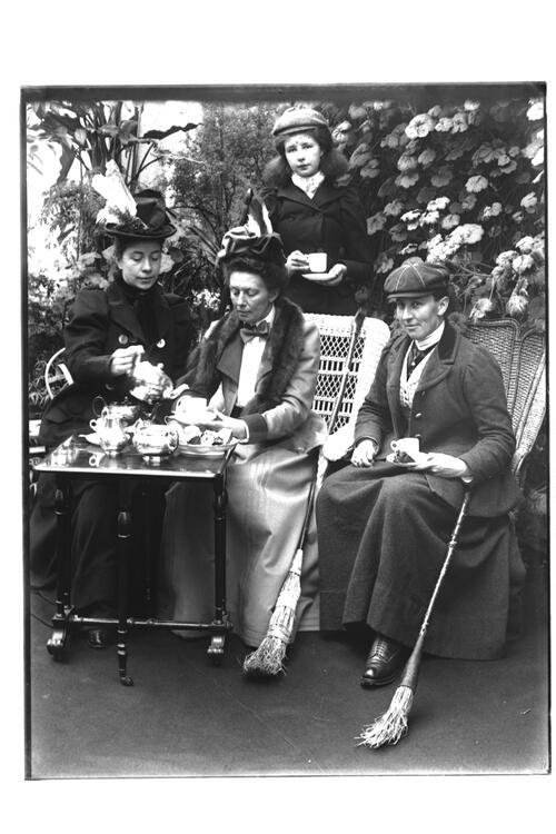 A Group of lady Curlers [in the conservatory at Montrave].
