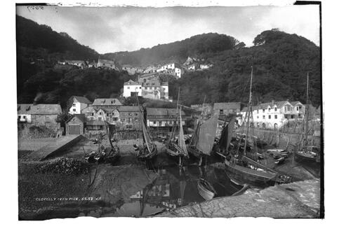 Clovelly from pier.