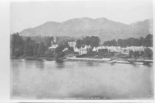 Dunkeld from the bridge.