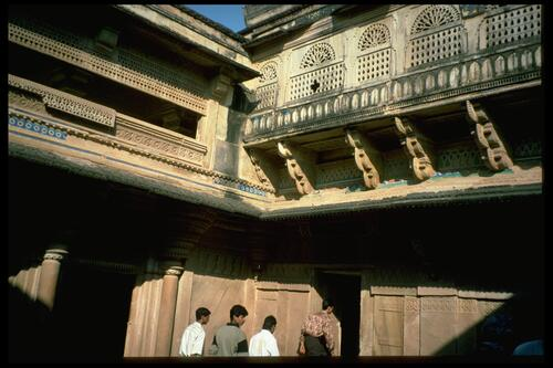 [Courtyard of Man Manhir Palace,] Gwalior Fort.